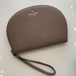 kate spade Shara Wristlet Light Walnut